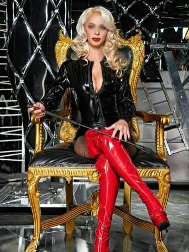 Fetish Mistress Escort Lady Michela in Utrecht, Netherlands - Photo: 2