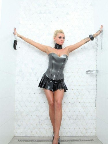 Fetish Mistress Teen Escort Meesteres Katharina in Utrecht, Netherlands - Photo: 7