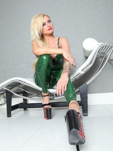 Fetish Mistress Escort Meesteres Katharina in Utrecht, Netherlands - Photo: 6