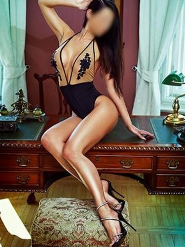 Escort Claudia in Prague, Czech Republic - Photo: 3