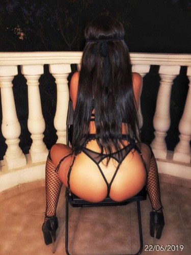 Teen Escort Alicia in Limassol, Cyprus - Photo: 3