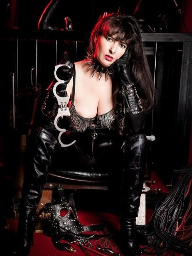 Fetish Mistress Escort Maitresselsa in Liege, Belgium - Photo: 3