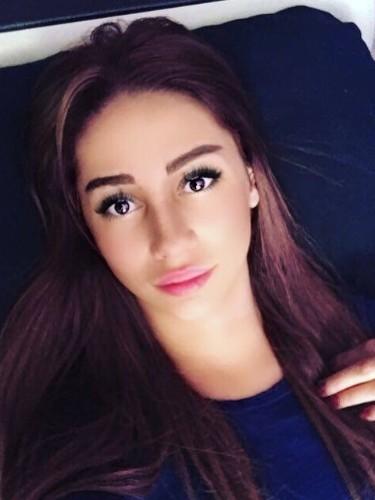 Teen Escort Ariana in Istanbul, Turkey - Photo: 3