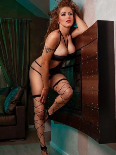 Milf Escort Chrystin in Bergamo, Italy - Photo: 1