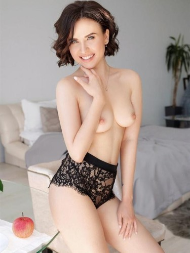 Teen Escort Ashley in Moscow, Russia - Photo: 2
