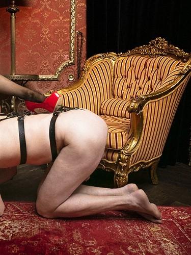 Fetish Mistress Escort Lady Luna in Almere, Netherlands - Photo: 4