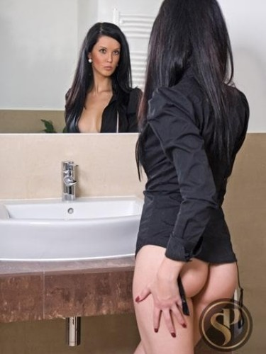 Teen Escort Antonia in London, United Kingdom - Photo: 1
