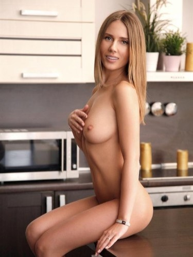 Teen Escort Meggy in Moscow, Russia - Photo: 1