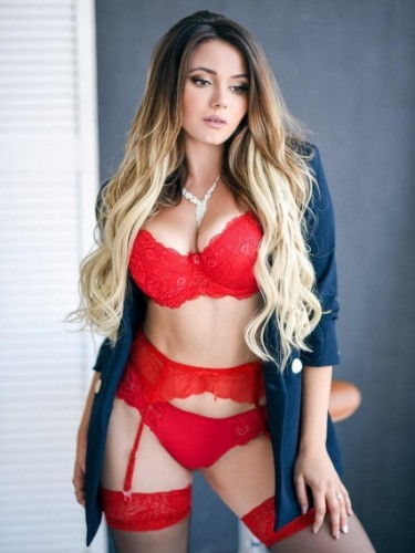 Teen Escort Milena Hot Babe in Athens, Greece - Photo: 1