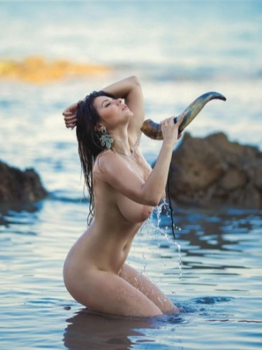 Teen Escort Milena Hot Babe in Athens, Greece - Photo: 4