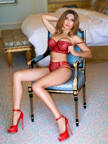 Teen Escort Anna in Dubai, United Arab Emirates - Photo: 5