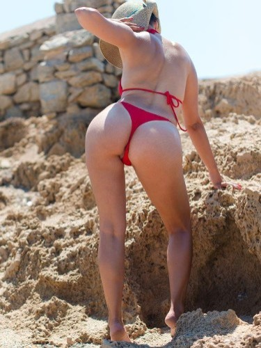 Fetish Teen Escort Aisha in Mykonos, Greece - Photo: 4