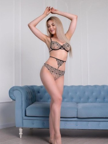Teen Escort Arielle in Moscow, Russia - Photo: 7