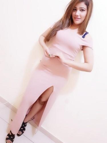 Teen Escort Miss Meena in Dubai, United Arab Emirates - Photo: 2