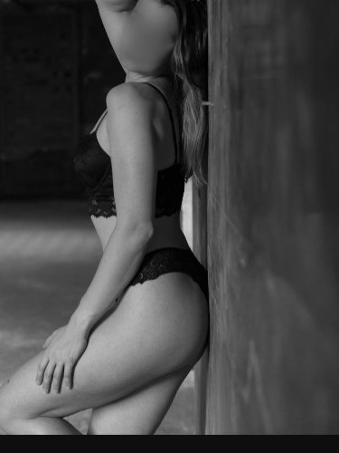 Escort Carla Tantra in Luxembourg, Luxembourg - Photo: 4