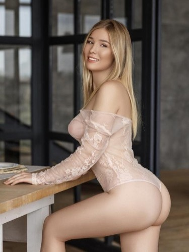 Teen Escort Viola in Moscow, Russia - Photo: 1
