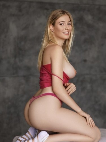 Teen Escort Viola in Moscow, Russia - Photo: 4