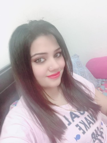 Teen Escort Rupal in Abu Dhabi, United Arab Emirates - Photo: 1