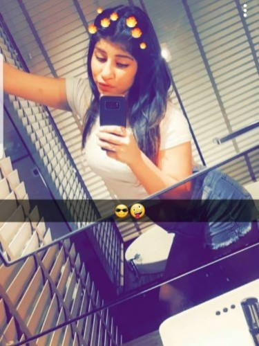 Teen Escort Miss Disha in Dubai, United Arab Emirates - Photo: 5