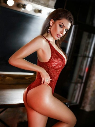 Teen Escort Lena in Limassol, Cyprus - Photo: 5
