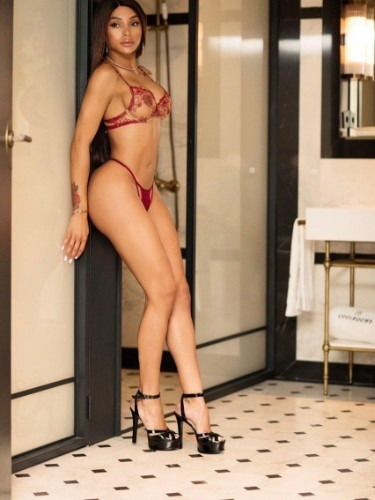Shemale Escort Chanel in Madrid, Spain - Photo: 7