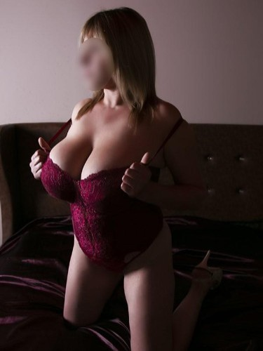 Elite Escort Agency DreamGirls in Athens - Photo: 38 - Mary