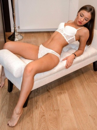 Teen Escort Lolita Vip in Brussels, Belgium - Photo: 3