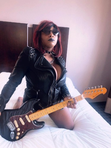 Fetish Teen Escort Brenda Renee in Miami, United States - Photo: 7