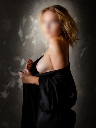 Elite Escort Agency Top Erotic Service in Prague - Photo: 8 - Lea