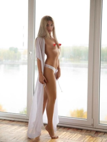 Teen Escort Alexa in Ankara, Turkey - Photo: 3