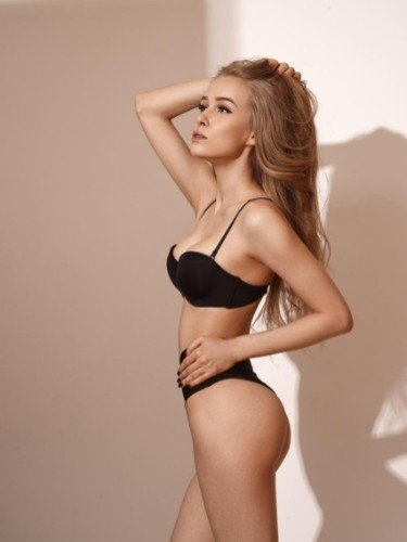 Fetish Teen Escort Tina Top in Moscow, Russia - Photo: 6