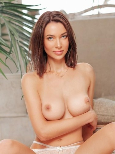 Teen Escort Rose in Moscow, Russia - Photo: 4