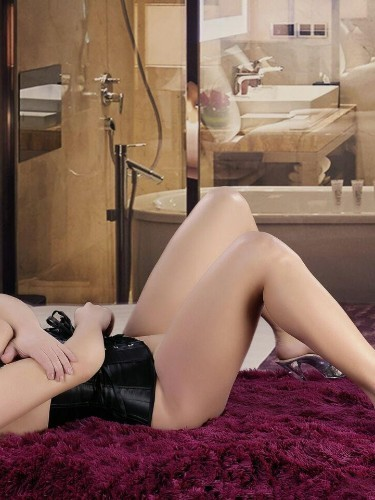 Escort Alina in Amsterdam, Netherlands - Photo: 4