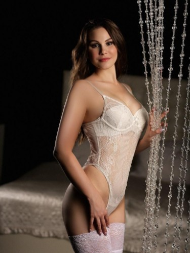 Teen Escort Marry Shy in Seattle, United States - Photo: 4