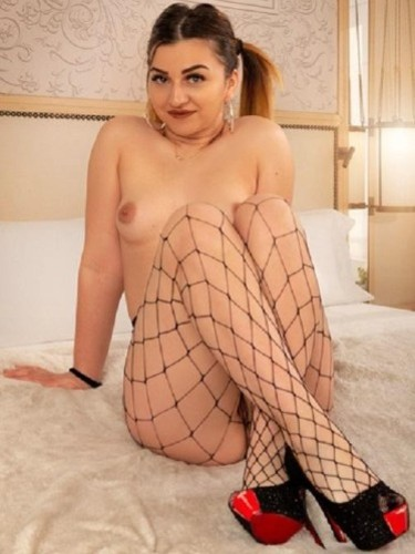 Teen Escort Alice in Vienna, Austria - Photo: 5