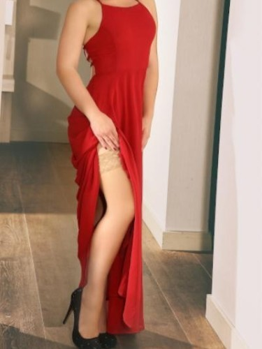 Escort Emely in Cologne, Germany - Photo: 1