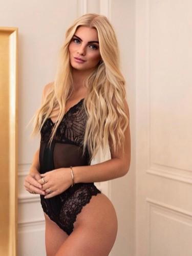 Elite Escort Agency Lux Models in Istanbul - Photo: 13 - Alison