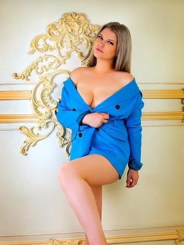 Teen Escort Masha in Istanbul, Turkey - Photo: 2