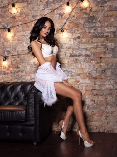 Teen Escort Anastasia in Larnaca, Cyprus - Photo: 1
