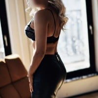 Fun Girls - Escort Agencies in Altenderg - Barbie