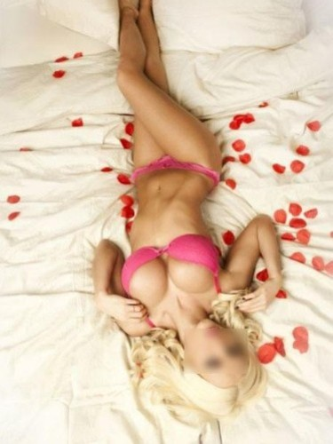 Escort Amy in St Albans, United Kingdom - Photo: 1
