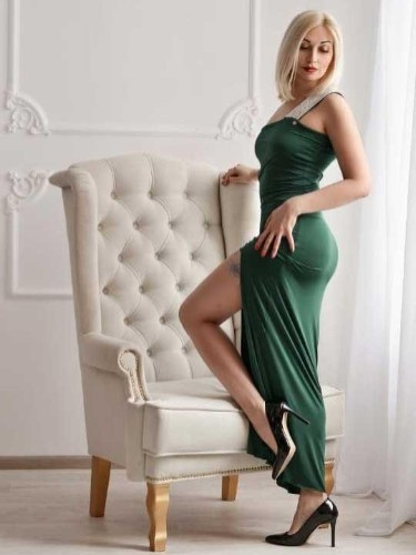Escort Alona Hot Babe in Athens, Greece - Photo: 7