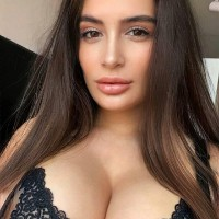 Safari Escorts - Escort Agencies in Angola - Selena Boobs