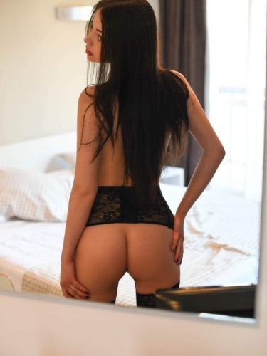 Teen Escort Milena in Porto, Portugal - Photo: 4