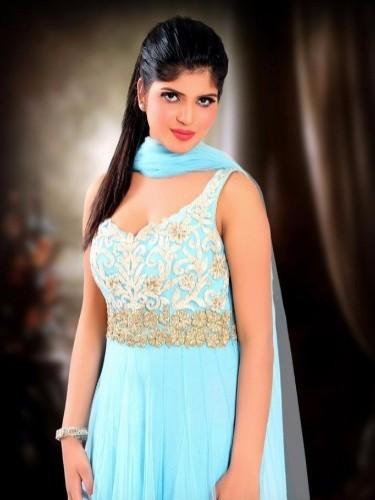 Teen Escort Miss Zuharah in Dubai, United Arab Emirates - Photo: 5