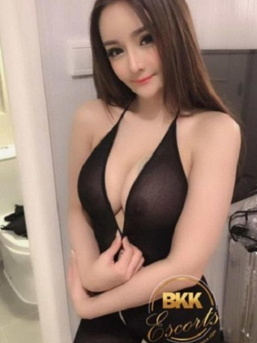 Teen Escort Cici in Bangkok, Thailand - Photo: 4