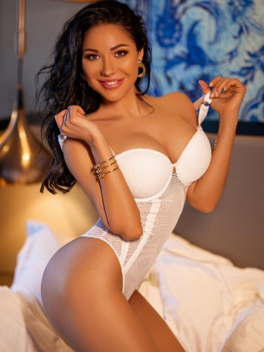Teen Escort Karina in Ankara, Turkey - Photo: 1