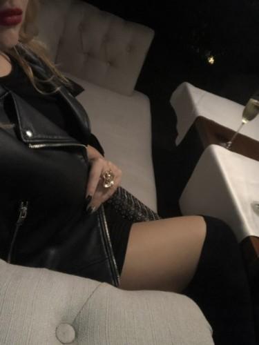 Fetish Escort Mistress Helene Nuar in Dubai, United Arab Emirates - Photo: 4