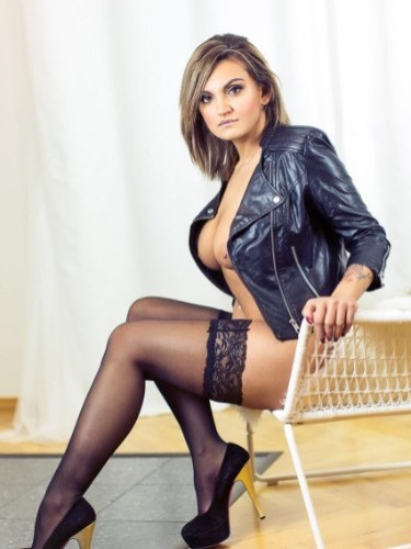 Teen Escort Stefani in Limassol, Cyprus - Photo: 6