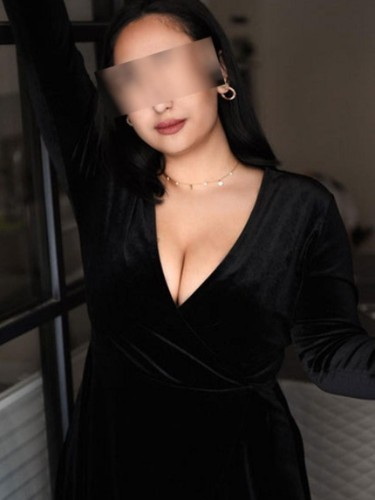 Elite Escort Agency Le Rose Escorts in Cologne - Photo: 4 - Elena